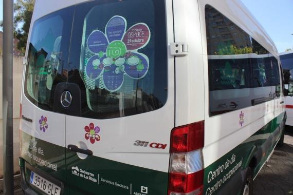 Adquisición de un vehículo adaptado para el Servicio de viviendas especializadas